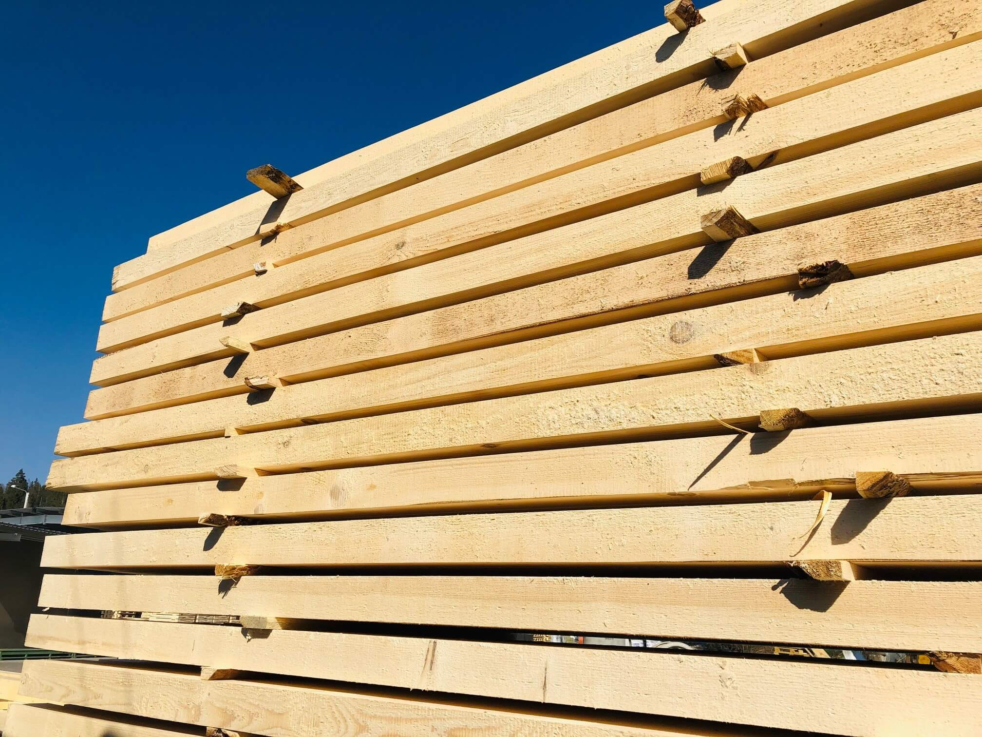 Square sawn timber for pallet production